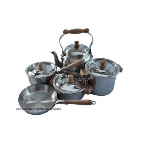 Kinder-Kochgeschirrset Alu mit Holzriff D10 cm 9-teilig