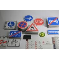 Verkehrszeichen Box, 64-teilig, magnetisch