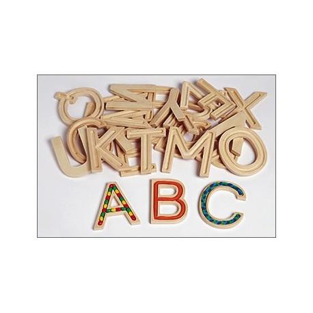 29 Grossbuchstaben mit allen Sinnen erfahren -Freiarbeitsmaterial zu Buchstaben für Kinder ab 4 Jahren
