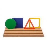 Bunte gefüllte und leere geometrische Formen mit Steckbrett, 31-teilig