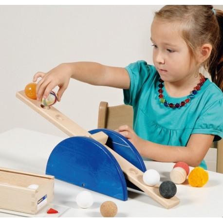 Waage, Wiegen Messen, Fühlen, Experimentieren ab 4-jährig