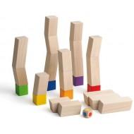 Das schräge Bauspiel. Ein wackeliges Stapelspiel für 2-6 Spieler ab 3 Jahren